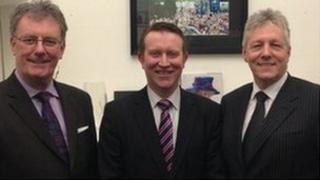 Mike Nesbitt pictured with Nigel Lutton and DUP leader Peter Robinson