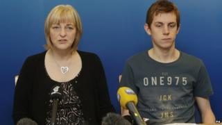 Sandra and Ryan Ramsay make their appeal at Maryhill police office