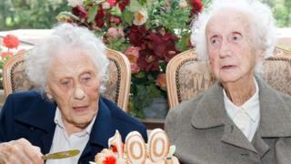 Centenarian women twins