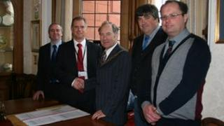 Herefordshire Council and the Showman's Guild sign an agreement