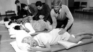 13th August 1968: Prenatal classes at Margate Hospital in Kent