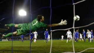 Wayne Rooney scores against San Marino