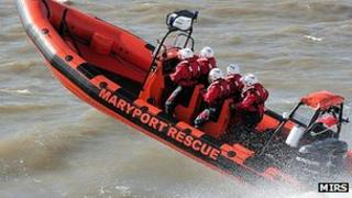 MIRS rescue boat