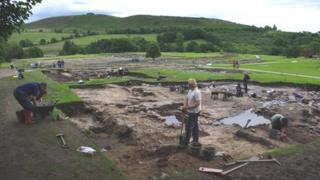 Excavations at Roman civilian settlement outside Vindolanda
