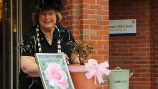 Council chairman Rosemary Kaberry-Brown unveils Grantham's Thatcher Rose