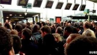 Overcrowding at East Croydon railway station