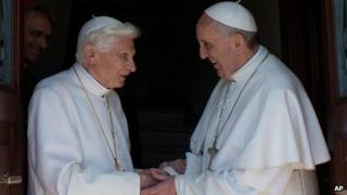 Emeritus Pope Benedict (l) with Pope Francis at the Vatican, 2 May 2013