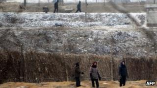File photo: North Korean farmers, 2008