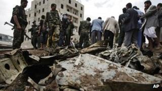 Sukhoi fighter jet crash scene in Sanaa, 13 May 2013