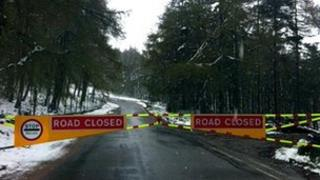 Snow gates closed at A939