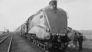 Mallard at Barkston Junction before record run on 3rd July 1938
