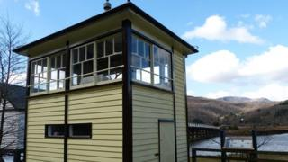 The signal box at Penmaenpool