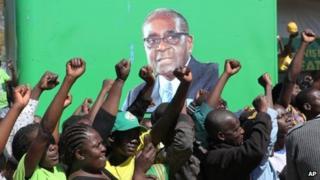 Supporters of President Robert Mugabe