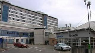 Ysbyty Athrofaol Cymru, Caerdydd