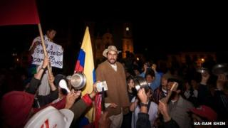 Demonstrators gather in the town of Sogamoso on 26 August 2013