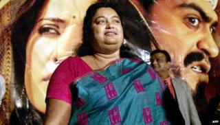 """In this photograph taken on December 17, 2002, Indian author Sushmita Banerjee poses at a press conference announcing the launch of the movie """"Escape From Taliban"""" in Mumbai"""