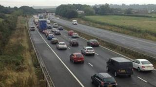 Heavy traffic on M4 after crash