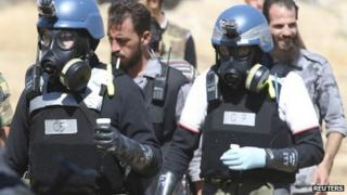 UN chemical weapons inspectors in Ein Tarma, Damascus (28 August 2013)