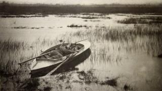 'Gunner working up to fowl' by Peter Henry Emerson