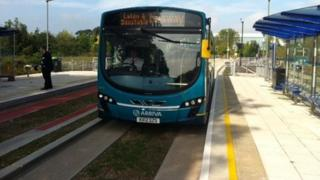 Luton and Dunstable guided bus