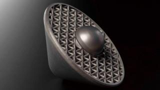"Mars probe with 3D printed ""crush zone"""