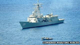 HMAS Melbourne approaches suspected pirates