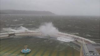 Waves battering the Tinside Lido