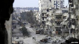Damage to streets in Homs