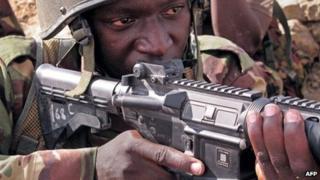 Kenyan soldier in Somalia (file photo)
