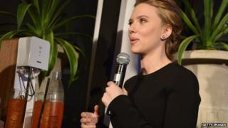 Scarlet Johansson is unveiled as a brand ambassador for SodaStream in New York (10 January 2014)