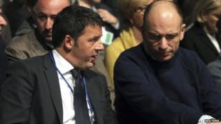 Matteo Renzi (L) with PM Enrico Letta. Photo: December 2013
