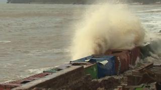 "Damage to temporary ""breakwater"" at Dawlish"