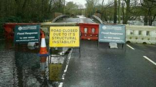 Signs at Sonning Bridge