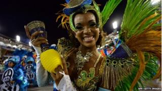 Rio samba parade, 3 March 14