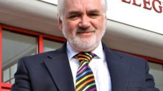 Dr Ian Killip