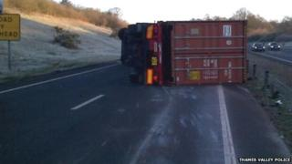 Overturned lorry on A34