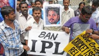 People protesting against the IPL