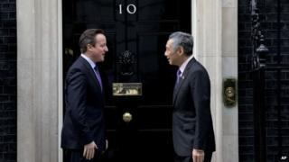 Singapore's Prime Minister Lee Hsien Loong and Prime Minister David Cameron