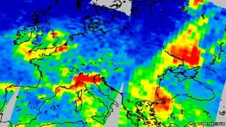 Nitrogen dioxide (NO2) concentration over Europe on 4 February 2007