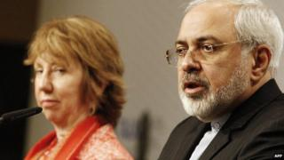 Catherine Ashton and Mohammad Javad Zarif in Vienna (9 April 2014)