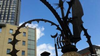 Heavy Plant sculpture