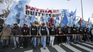 Anti-vulture funds demo in Argentina, 20 June 14