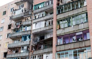 Shell-damaged flats in Sloviansk, eastern Ukraine, 8 July