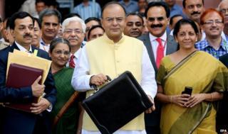 Indian Finance Minister Arun Jaitley unveils his budget, Delhi (10 July)