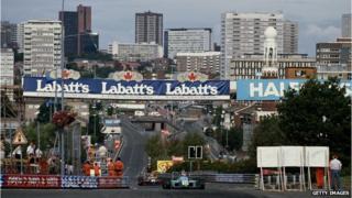 Philippe Favre drives through the streets of Birmingham at Birmingham Super Prix in 1990