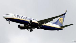 Ryanair Boeing 737 in May 2014