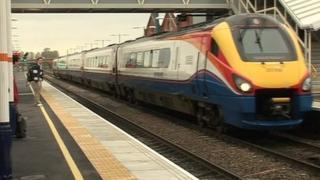 Train at Nottingham station