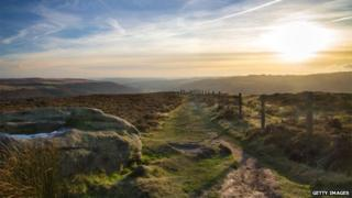 Millstone Edge, Peak District, sun setting