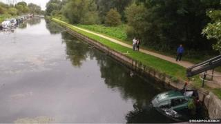 Scene of car being pulled from canal in Waltham Cross