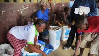 Food delivered in Monrovia, 12 Sept